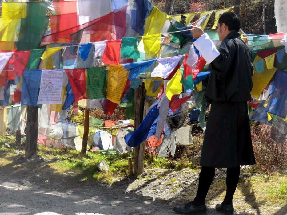 Gebetsfahnen am Yotongla-Pass